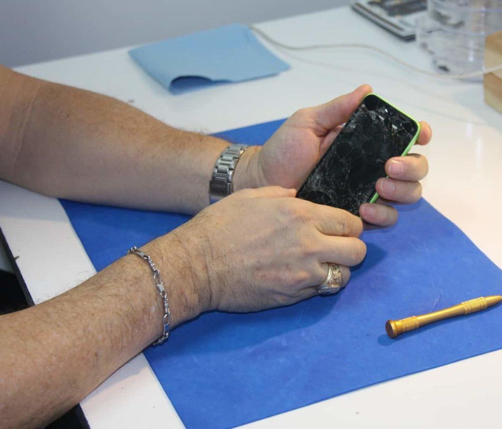 Basics of DIY Cell Phone Repair