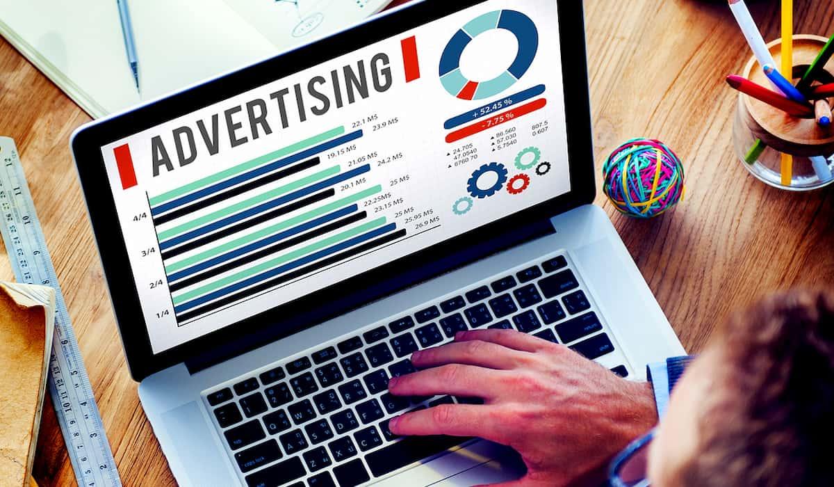 persuasive technique in advertising